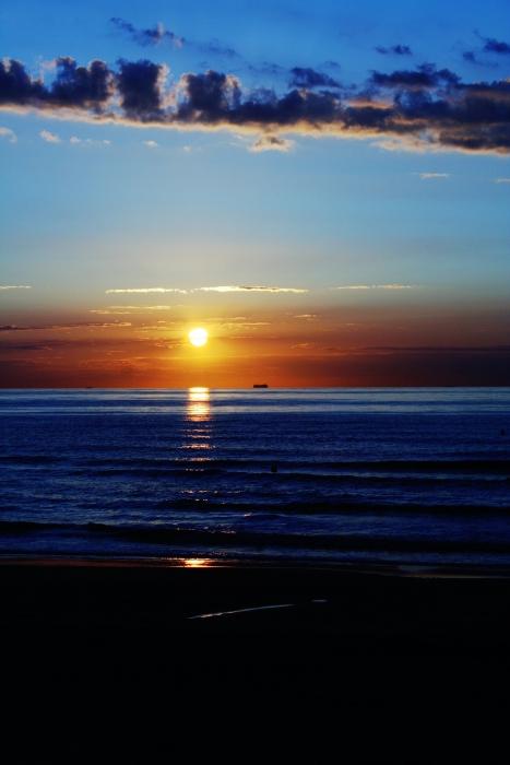 Zee bij zonsondergang