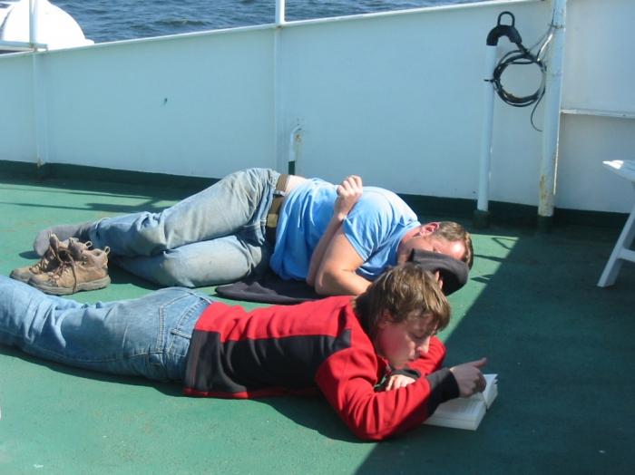 Relaxing on deck: Koen and Els