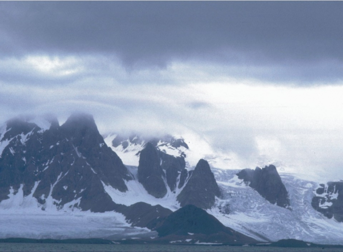 Kong Karls Land, West Svalbard.