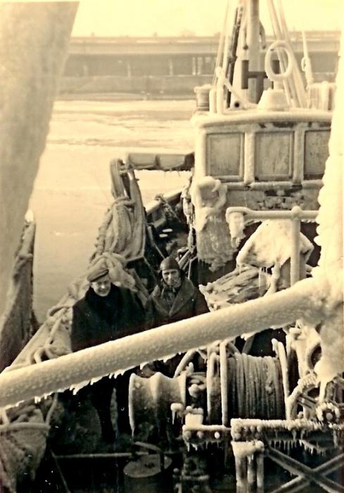 N.701 Angelus (Bouwjaar 1955) met bemanning