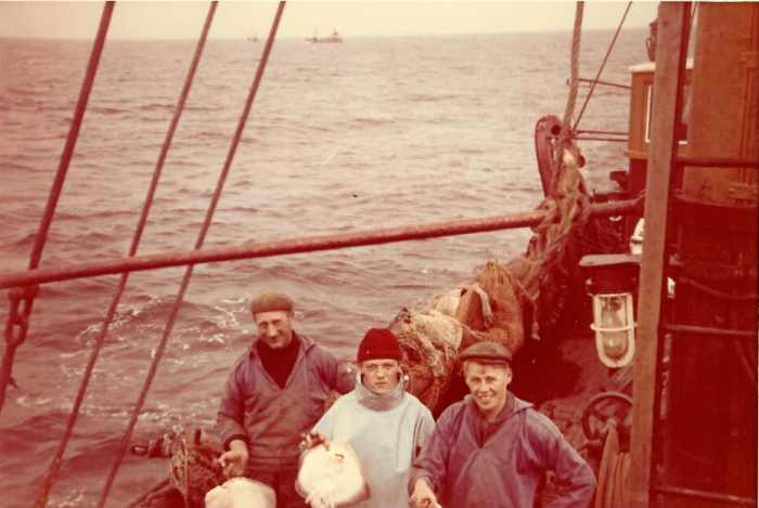 Vissers aan boord van de N.744