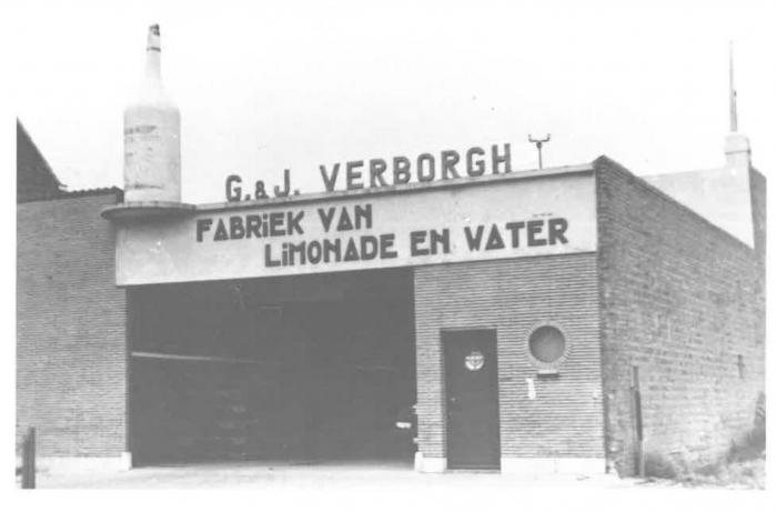 Van Caillie (1987, pl. 152)