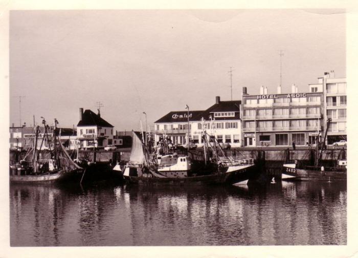Rederskaai Zeebrugge met Z.451 Pacem in Terris (Bouwjaar 1964)