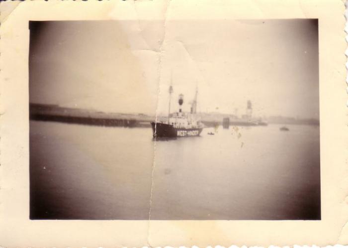 West-Hinder vaart haven Oostende uit na onderhoudsbeurt