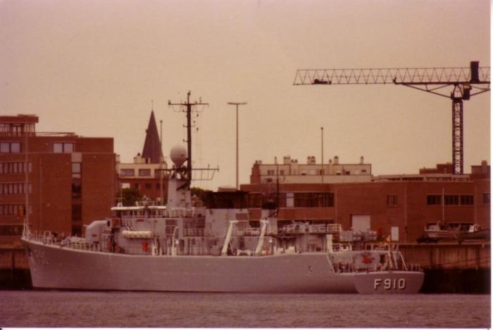 Fregat F.910 Wielingen