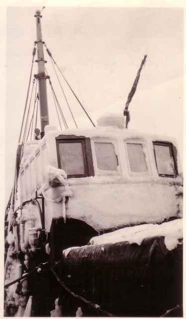 Z.777 Credo (Bouwjaar 1945) komt terug van witte bank 1952