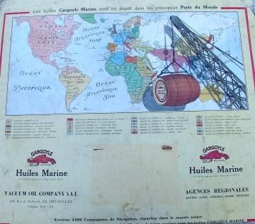 Wereldkaart met mariene oli�n aangeduid