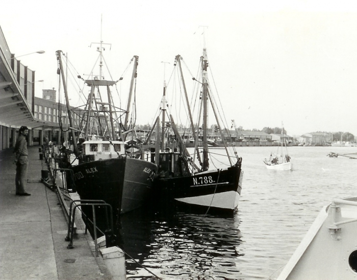N.788 (Bouwjaar 1942) en N.700 Alex (bouwjaar 1968)