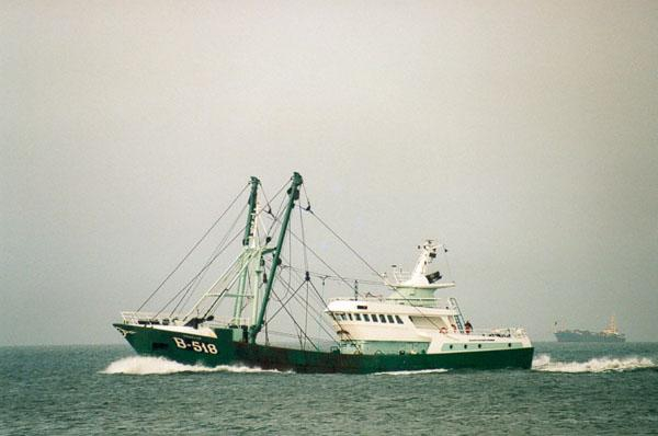 B.518 Drakkar (bouwjaar 1998) op zee