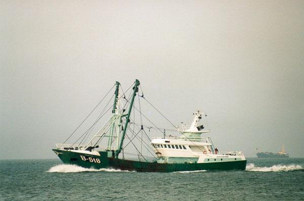 B.518 Drakkar (bouwjaar 1998) op zee