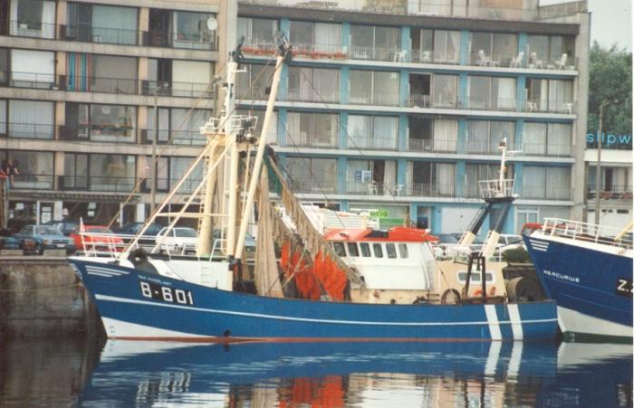 B.601 Van Maerlant (bouwjaar 1991) aan de kade