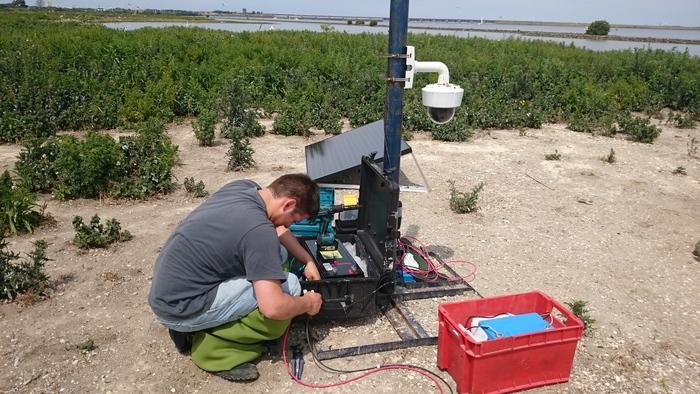 Mobile birdcam set up