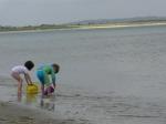Mensen aan de kust