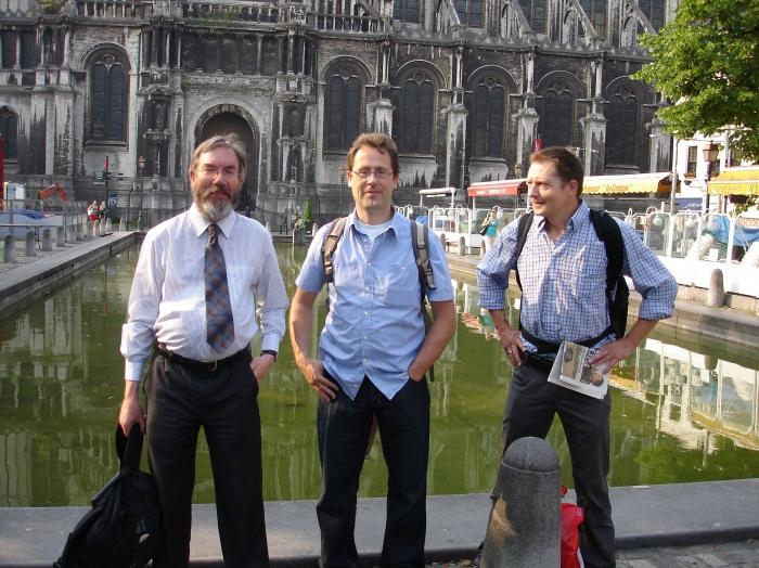 Charles Hussey, Yde de Jong, Louis Boumans