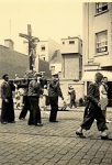 """Originele beschrijving foto: """"Visserijprocessie Nieuwpoort (1948)"""". Opmerkingen en aanvullingen meer dan welkom!"""