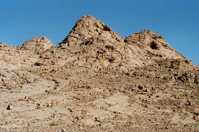 Kess-Kess Mounds 07