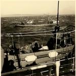 Visserijwachtschip met bemanning
