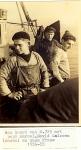 3 generaties Calcoen aan boord N.725 (Bouwjaar 1934), author: Onbekend