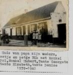 Familie Denise Legein voor ouderlijk huis