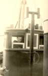 Coulier René op de brug van de N.741 Hoop op vrede (Bouwjaar 1941), author: Onbekend