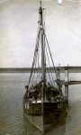 N.30 Gabrielle (Bouwjaar 1932) met bemanning, author: Onbekend