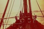 Schipper van de N.741 Hoop op Vrede (Bouwjaar 1941) uitvarend te Oostende, author: Onbekend