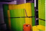 Vastgesjorde viskisten in visruim O.15 Zilvermeeuw (Bouwjaar 1975)