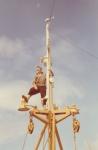 Jan De Voogt in de mast van Z.405 Kamina (bouwjaar 1955)