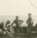 Vissers aan boord van de Z.558 Eureka (Bouwjaar 1958)