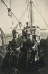 Vissers aan de winch van de Z.517 (Bouwjaar 1931), author: Onbekend