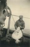 Andr� Van Torre met vangst op de Z.520 De Drie Gebroeders (Bouwjaar 1926)