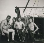 Na een douche op het dek van de Z.402 Atlantis (Bouwjaar 1963), author: Onbekend