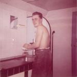 Andr� Van Torre in de wasruimte van de Z.402 Atlantis (Bouwjaar 1963)