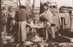 Vis lossen en verkopen op de kade
