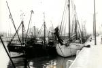 O.77, O.18 en andere schepen in haven