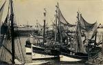 O.126, O.4 en andere schepen in de haven