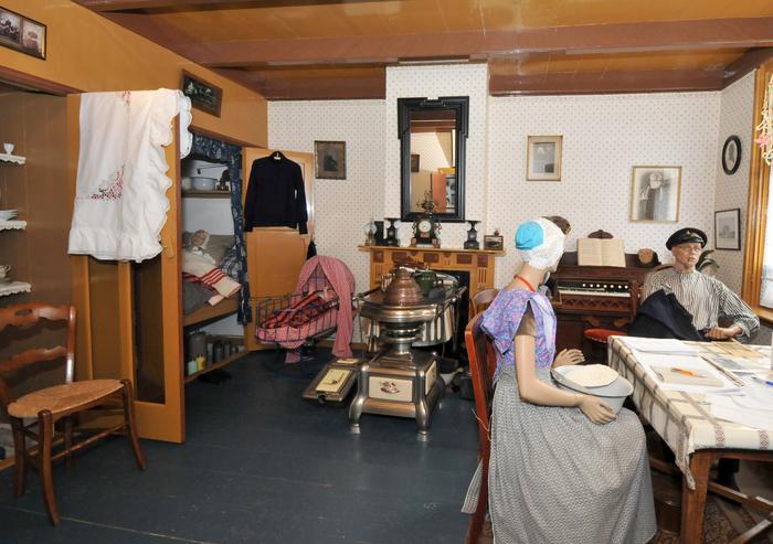 Historical interior fishersman home