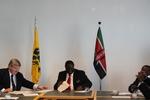 2013.05.03 Overdracht RV Zeeleeuw Kenia